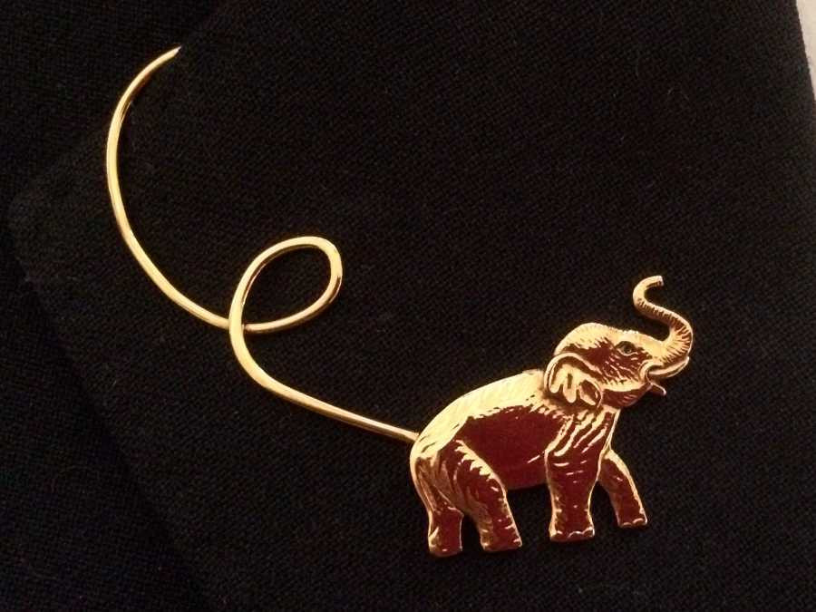 The Entrepage L'éléphant Gold plated patinated