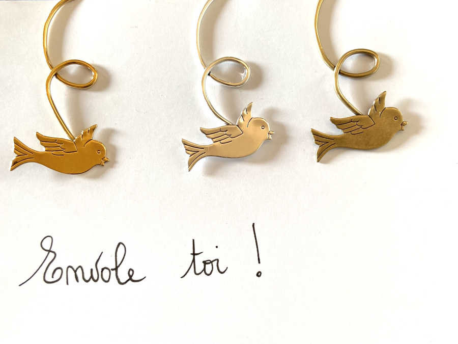 The Entrepage Envole toi Gold plated patinated